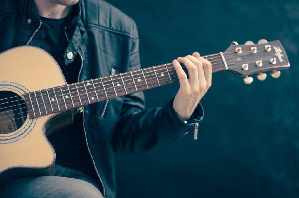 Instrumente spielen lernen