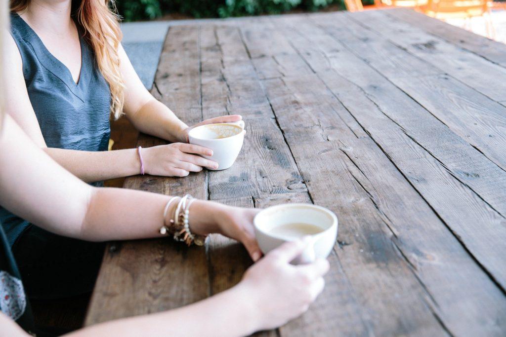 Lebendiges Cafe